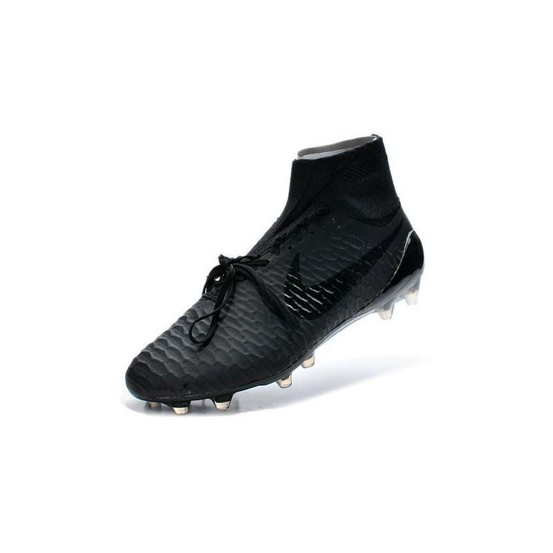 chaussures de foot nike toute noir