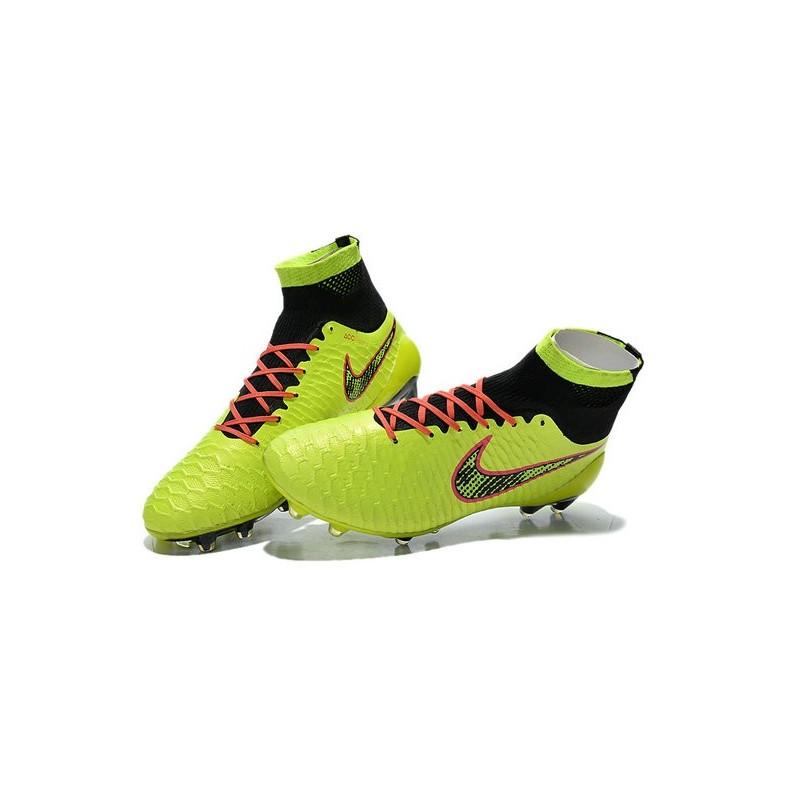 chaussure de foot nike magista