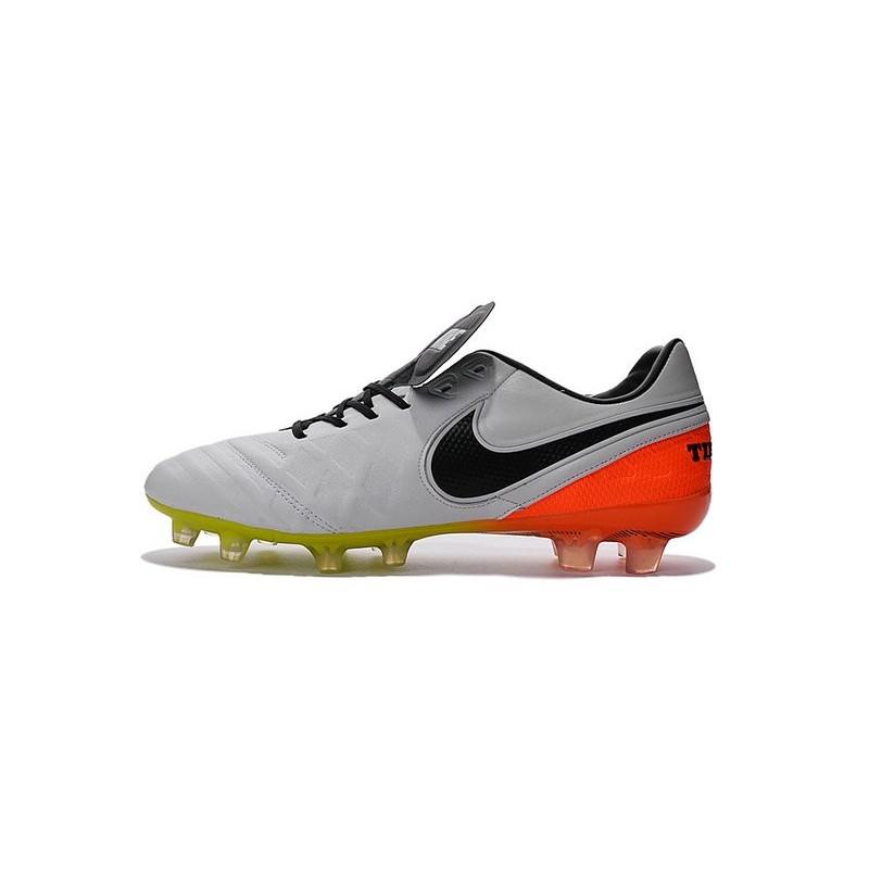 Nike Tiempo Blanc