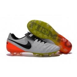 Chaussures Nike Tiempo Legend 6 FG Pas Cher Blanc Noir Orange Total Volt