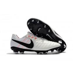 Nouvelle chaussure de foot Nike Tiempo Legend 7 FG Blanc Noir