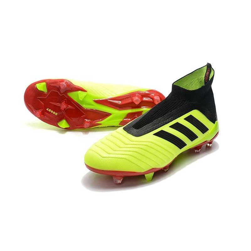 the best attitude 22036 c0a17 Chaussures adidas - Crampons Foot Adidas Predator 18+ FG Vol